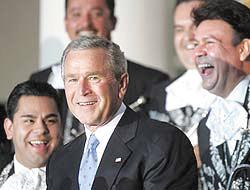 <!--:es-->Invasión de Mariachis en la Casa Blanca<!--:-->