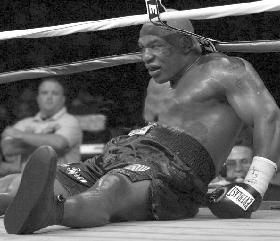 <!--:es-->El Fin de Una Era en el Boxeo<!--:-->