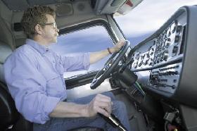 <!--:es-->Nueva Ley Cambia Reglas del Impuesto sobre Uso de Vehículos Pesados en las Carreteras<!--:-->