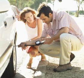 <!--:es-->Encuestas indican que pocos verifican propiamente el estado de los neumáticos<!--:-->