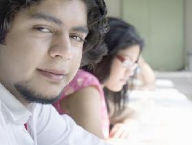 <!--:es-->Crece Ilusión  en alumnos Indocumentados<!--:-->