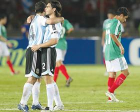 <!--:es-->Argentina gana  3-0 a México<!--:-->