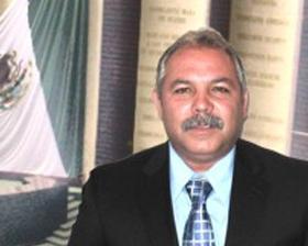 <!--:es-->Congresista, Nicolás Morales delinea  Políticas Migratorias de Estado<!--:-->