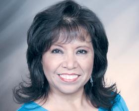 <!--:es-->Elena Sandoval<!--:-->