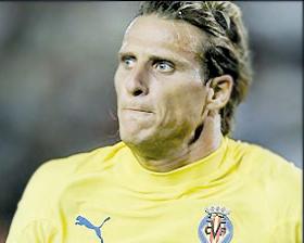 <!--:es-->Forlán, un goleador  temible para el Barcelona<!--:-->
