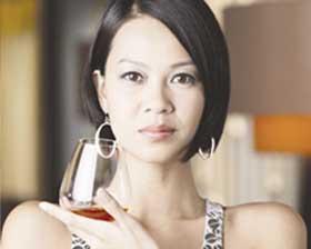<!--:es-->Alcohol y mujer, cóctel explosivo<!--:-->