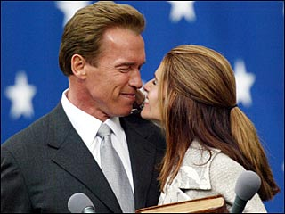 <!--:es-->Schwarzenegger Calls Legislative Session<!--:-->