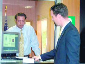 <!--:es-->Gobierno Agilizará proceso de Visas H-2B. Propone sustituir Certificación Laboral<!--:-->
