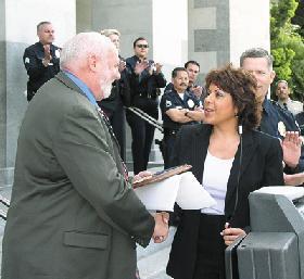 "<!--:es-->California PAL Names Assemblywoman Garcia ""2004 Legislator of the Year""<!--:-->"