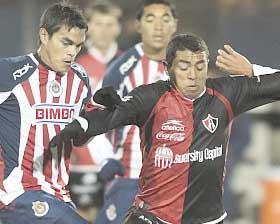 <!--:es-->Chivas 3-1 al Atlas y alcanza al América<!--:-->