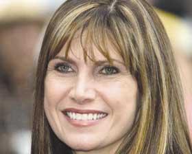 <!--:es-->Congresswoman Mary Bono Mack Recieves California Cancer Advocacy Award<!--:-->