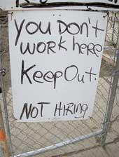 <!--:es-->Crisis de empleo va para largo OIT le da unos 8 años de duración<!--:-->
