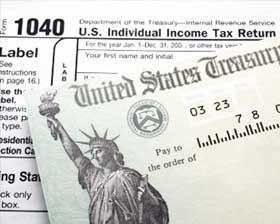 <!--:es-->El IRS Tiene Casi $16.7 Millones en Cheques de Reembolso<!--:-->