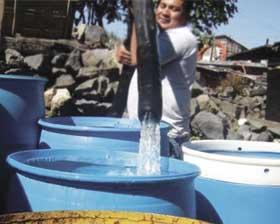 <!--:es-->Diez millones de mexicanos carecen de agua potable<!--:-->