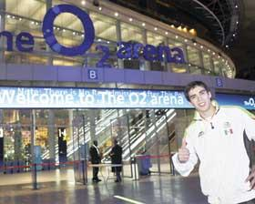 <!--:es-->El gimnasta mexicano Daniel Corral consigue boleto a Londres 2012<!--:-->
