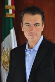 <!--:es-->Propone el Srio. de Migrantes del CEN del PRI Dip. López Portillo Basave contribución de Diásporas al Desarrollo Económico<!--:-->