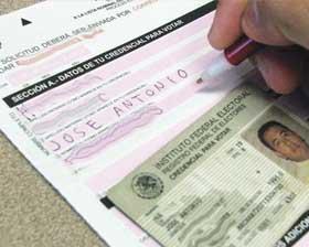 <!--:es-->Sólo 8,500 mexicanos han emitido  su voto desde el Extranjero<!--:-->
