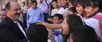 <!--:es-->Cesar Duarte adoptará la educación para la paz en Chihuahua.<!--:-->