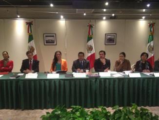 <!--:es-->Llevarán al Pacto por México la inclusión plena de los derechos políticos de los mexicanos en el Exterior: Credencialización, Voto y Representación Política.<!--:-->