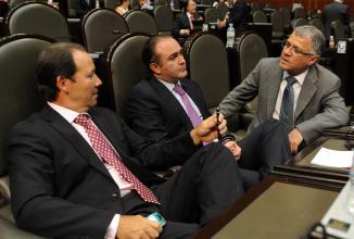 <!--:es-->Imperativo medidas que promuevan la equidad y género en esferas productivas, promovió el presidente de la Comisión de Economía, Sánchez Ruiz<!--:-->