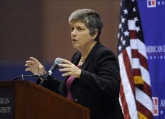 <!--:es-->Se reunirá el martes Janet Napolitano con Osorio Chong para abordar el tema de Seguridad y Migración.<!--:-->