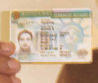 <!--:es-->Más de 4.4 millones de inmigrantes legales esperan años por la green card<!--:-->