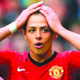 <!--:es-->Chicharito 'Salva la Cabeza' en el Manchester<!--:-->