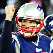 <!--:es-->Tom Brady le gana la partida a Peyton<!--:-->