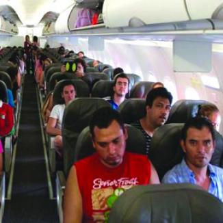 <!--:es-->Facilitan Ingreso de Turistas de EU a México<!--:-->