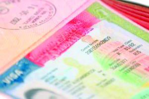 <!--:es-->Falsas Promesas para Obtener la visa de EU<!--:-->