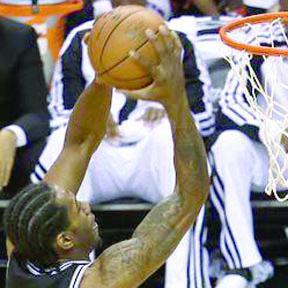 <!--:es-->San Antonio Spurs apaleó y apagó al Miami Heat<!--:-->