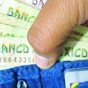 <!--:es-->Una propuesta para subir el salario mínimo en México desató Reacciones<!--:-->