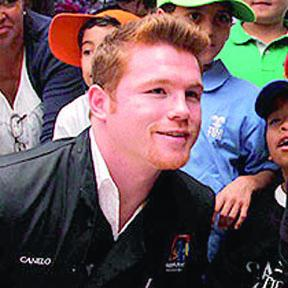 <!--:es-->No interesa Canelo pelear con Junior<!--:-->