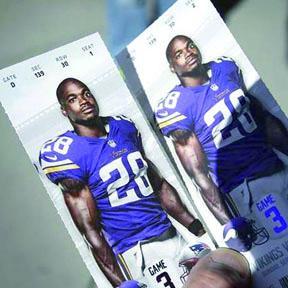 <!--:es-->Vikings de Minnesota y Peterson, en el ojo del huracán<!--:-->
