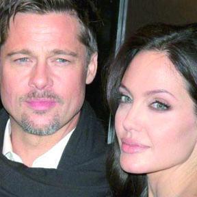 """<!--:es-->Angelina Jolie regala a Brad un reloj de """"3 Millones de Dólares<!--:-->"""