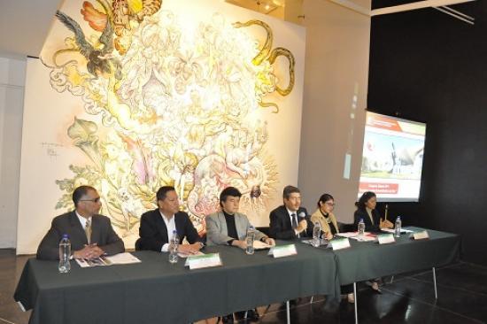 <!--:es-->David Adams, prominente neurobiólogo Norteamericano, ex funcionario y pacificador de la ONU visitará México por Comnapaz<!--:-->