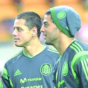 """<!--:es-->""""Chicharito"""" y Vela se enfrentarían en la jornada 21 de la Liga<!--:-->"""