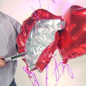 <!--:es-->Sólo el Amor, no sus Globos, deben estar en el aire  el Día de San Valentín<!--:-->