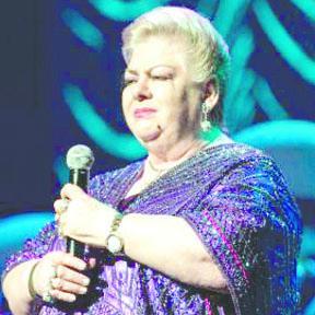 """<!--:es-->Paquita la del barrio arrancó su gira """"45 Años Cantándole a los Inútiles""""<!--:-->"""