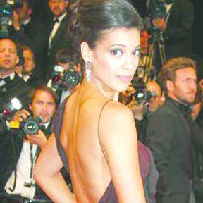 <!--:es-->'Miss Bala' es la nueva chica Bond<!--:-->
