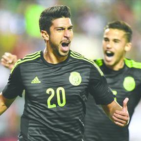 <!--:es-->Eduardo Herrera anotó su primer gol con México después de tres minutos<!--:-->