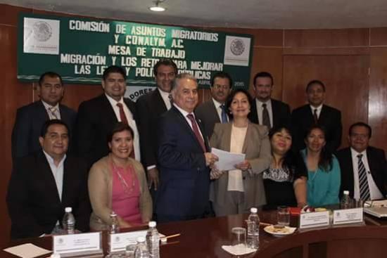 <!--:es-->Comisión pluripartidista de Legisladores y Lideres Migrantes  (CONALYM) avalan propuesta de la Dip. Amalia Garcia para que la SHCP contemple recursos para migrantes en el PEF 2016<!--:-->