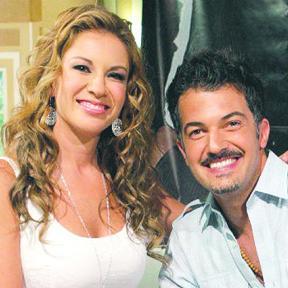 <!--:es-->Ingrid Coronado evita hablar sobre Fernando del Solar<!--:-->