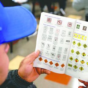 <!--:es-->Cómo prepararte para el exámen escrito del DMV<!--:-->