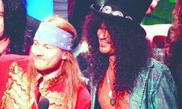 <!--:es-->Después de Años, Axl Rose y Slash ¡Hacen las Paces!<!--:-->