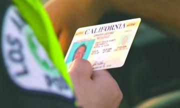 <!--:es-->Casi cuatro de cada 10 indocumentados viven en estados donde pueden obtener Licencias<!--:-->