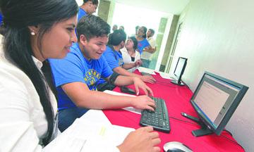 <!--:es-->Anuncian iniciativa que dará ayuda financiera para programas de Educación no tradicional<!--:-->