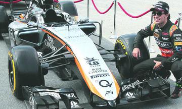 <!--:es-->Checo Pérez quiere, pero no puede con su auto en el GP de México<!--:-->