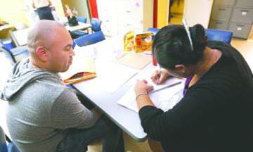 <!--:es-->EEUU divulga guía sobre recursos y derechos de  estudiantes indocumentados<!--:-->