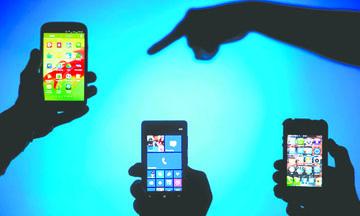 <!--:es-->El director de Sony vaticina el fin de los teléfonos inteligentes<!--:-->